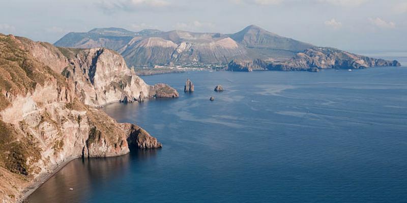 aeolian-islands-yacht-charter-vulcano