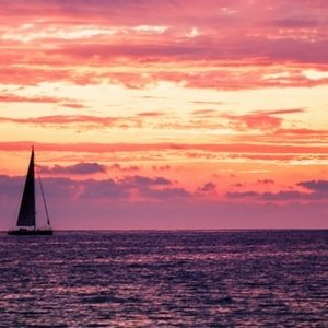 sailboat-rental-aeolian-yacht-charter