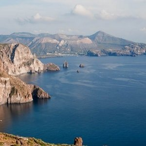 vulcano-aeolian-islands-yacht-week