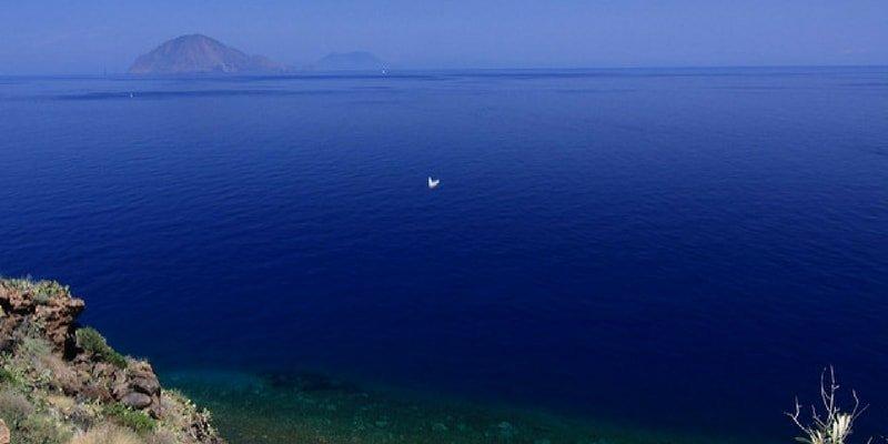 aeolian-yacht-charter-alicudi