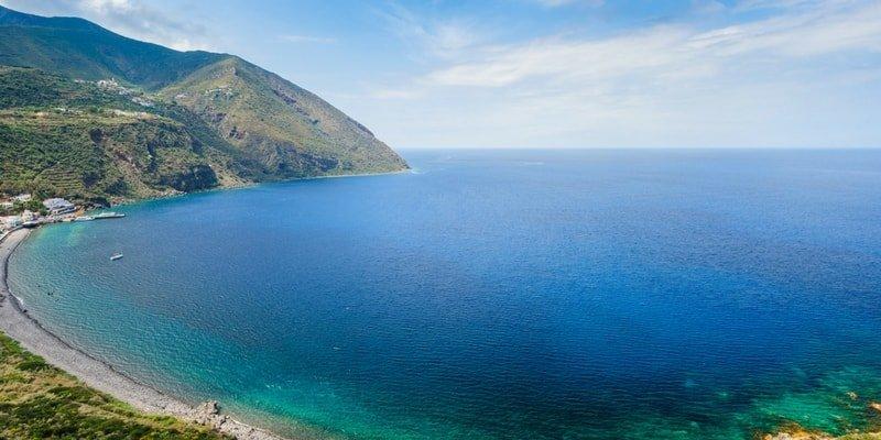 aeolian-islands-boat-charter-filicudi-boat-rentals