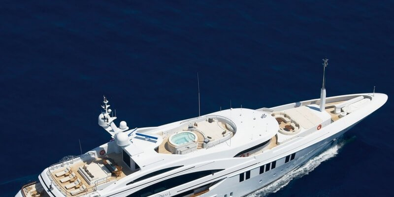 italy-yacht-rental-super-motor-charter