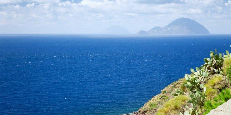 aeolian-islands-yacht-charter-lipari-boat-rentals
