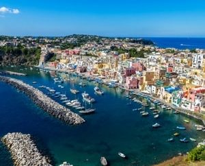 Ischia, Procida and Capri; the pearls of the Campania archipelago to see during a boat holiday