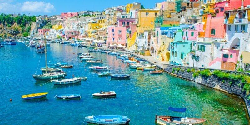 rent-yacht-amalfi-coast-procida