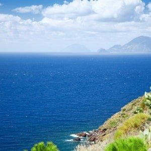 aeolian-islands-sailing-charter-lipari