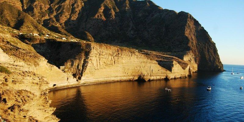 aeolian-islands-boat-charter-salina-boat-rentals