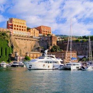 yachting--amalfi-coast-yacht-charter