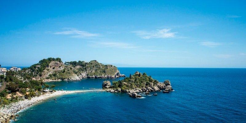 isola-bella-yacht-charter-catania