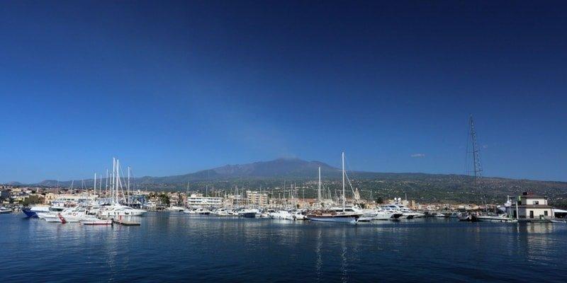 riposto-catania-yacht-charters