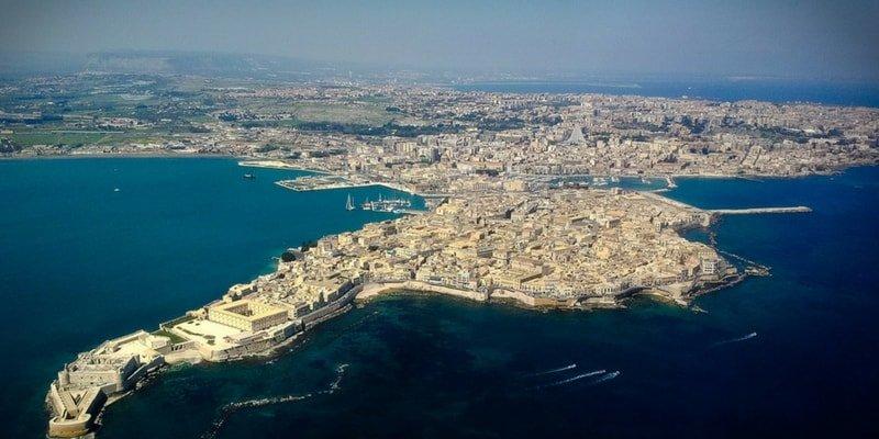 catania-boat-trips-syracuse