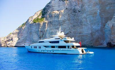 Vacanze nel Mediterraneo, si ma con uno Yacht di lusso